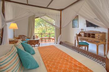Room Interior, Blue Bay Beach Resort