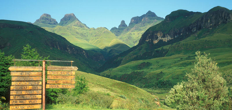 Guided & self guided hikes abound in the Drakensberg