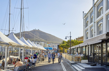 Easy walking to shops & restaurants from the V&A Hotel, Cape Town, South Africa