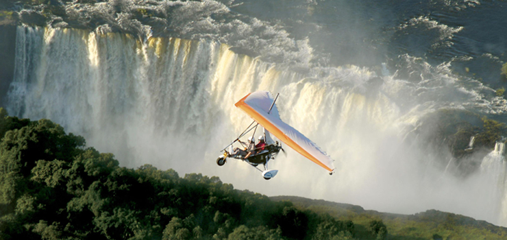 Sussi & Chuma guests take a flight over the Victoria Falls